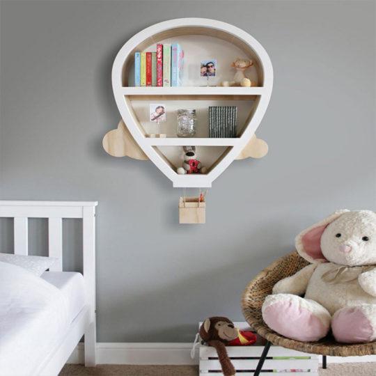 Kada ponestane prostora na podu dečje sobe, zidovi su sledeći pametan korak