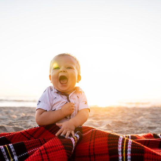 Pravilna ishrana beba i dece na letovanju! Evo kako treba da izgledaju i da se čuvaju obroci za plažu